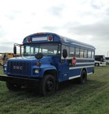 2001 GMC BLUEBIRD BUS