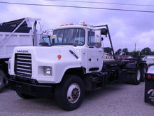 2006 MACK DM690S CONVENTIONAL -