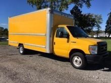 2012 FORD E-SERIES Box truck -
