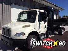 2011 FREIGHTLINER M2 ROLL OFF T