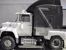 1987 FORD L9000 CONVENTIONAL -