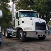 2004 MACK CX613 CONVENTIONAL -