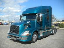 2014 VOLVO VNL64T780 Convention