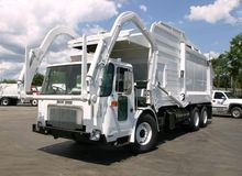 2005 AUTOCAR XPEDITOR GARBAGE T
