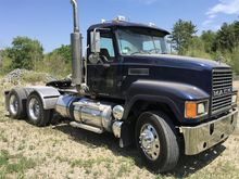 2005 MACK CHN613 CONVENTIONAL -