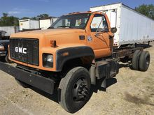 2002 GMC C7500 CONVENTIONAL - D