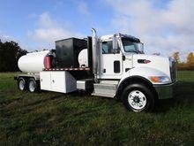 2016 PETERBILT 348 Fuel truck -