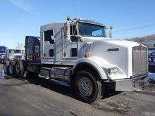 2010 KENWORTH T800 WINCH TRUCK