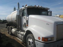 1992 INTERNATIONAL 9200 TANKER
