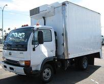 2007 UD TRUCKS 1300 BOX TRUCK -