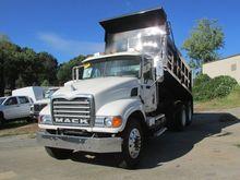 Used 2006 MACK CV713