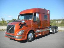 2014 VOLVO VNL64T730 Convention