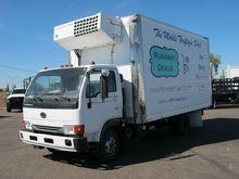 2003 UD TRUCKS 1400 BOX TRUCK -
