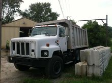 1995 INTERNATIONAL 2674 DUMP TR