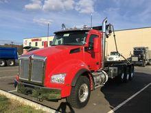 2016 KENWORTH T880 GARBAGE TRUC