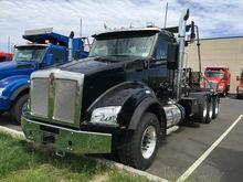 2017 KENWORTH T880 GARBAGE TRUC