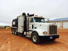 2014 PETERBILT 367 Vacuum truck
