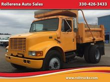 2000 INTERNATIONAL 4700 DUMP TR