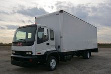 2005 GMC T6500 27FT BOX TRUCK B