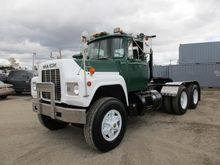 1986 MACK RD688SX Conventional