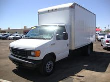 2006 FORD E-450 BOX TRUCK - STR