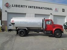 1991 INTERNATIONAL 4900 TANKER