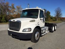 2006 FREIGHTLINER M2 CONVENTION