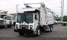 2003 MACK MC686S Garbage truck
