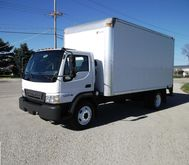 2006 FORD LCF BOX TRUCK - STRAI
