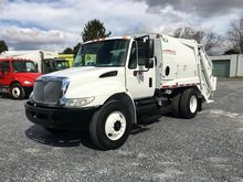2007 INTERNATIONAL 4300 Garbage