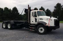 2008 MACK GRANITE GU813 Garbage