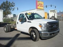 2012 FORD F350 XL SD BOX TRUCK