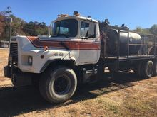 1994 MACK DM6905 FUEL TRUCK - L