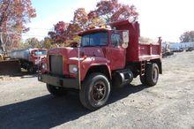 1988 MACK RD685P DUMP TRUCK