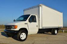 2006 FORD E-350 BOX TRUCK - STR
