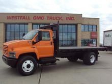 2006 GMC C7500 BOX TRUCK - STRA