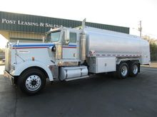 Used 2002 KENWORTH W