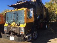 Used 1996 MACK MR688