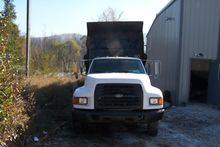 Used 1999 FORD F800
