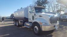 2009 PETERBILT 340 Tanker truck