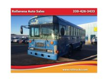 2005 BLUE BIRD SCHOOL/TRANSIT B