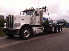 2012 PETERBILT 388 GARBAGE TRUC