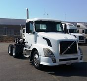 Used 2011 VOLVO VNL