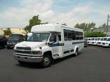 2005 CHEVROLET C5500 BUS