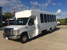 2013 Diamond VIP2500 Bus