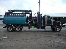 2013 PETERBILT 367 VACUUM TRUCK