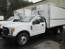 2017 FORD F350 REFRIGERATED TRU