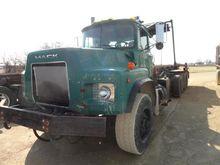 Used 2001 MACK RB688