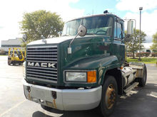 2002 MACK CH612 CONVENTIONAL -