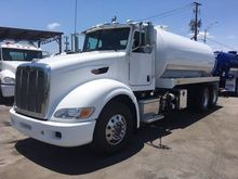 2009 PETERBILT 386 SEPTIC